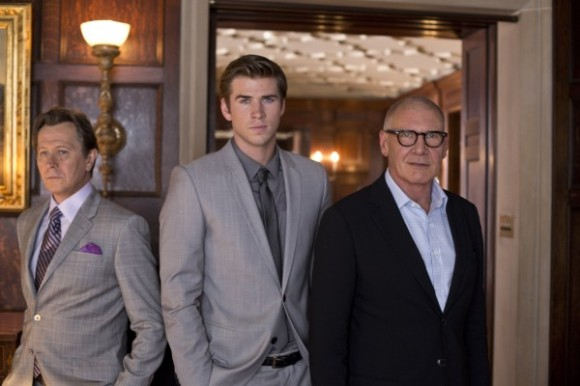 https://2tfu.files.wordpress.com/2013/06/f8128-gary-oldman-liam-hemsworth-and-harrison-ford-in-paranoia-2013-movie-image-600x400.jpg